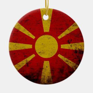 マケドニアの黒くグランジな旗 セラミックオーナメント