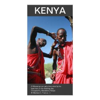 マサイ語は準備をしますケニヤの彼の結婚式の手入れをします カード