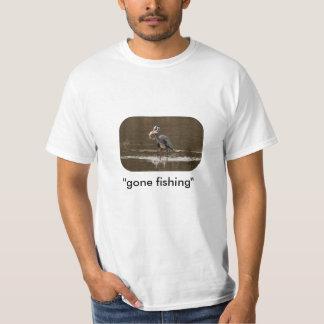マスの魚釣り Tシャツ