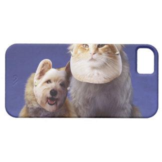 マスクを持つ猫そして犬 iPhone SE/5/5s ケース