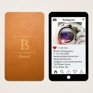マスタードのブラウン擬似革Instagramのスタイル 名刺