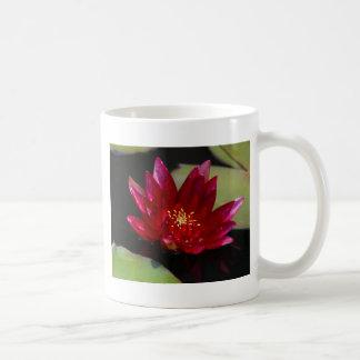 マゼンタのはす《植物》スイレン コーヒーマグカップ