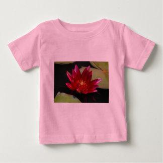 マゼンタのはす《植物》スイレン ベビーTシャツ