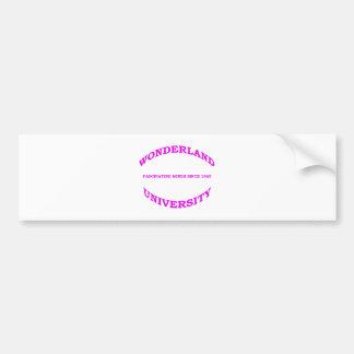 マゼンタのピンクの紫色の不思議の国大学 バンパーステッカー