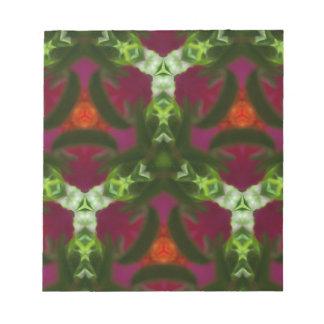 マゼンタのモモの緑の万華鏡のように千変万化するパターンパターン ノートパッド