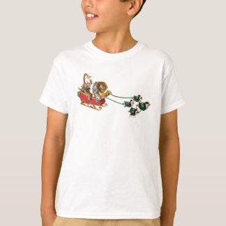 マダガスカルの休日のそり Tシャツ