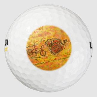 マダラチョウおよび自転車 ゴルフボール