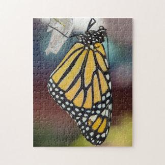 マダラチョウの乾燥の翼のパズル ジグソーパズル
