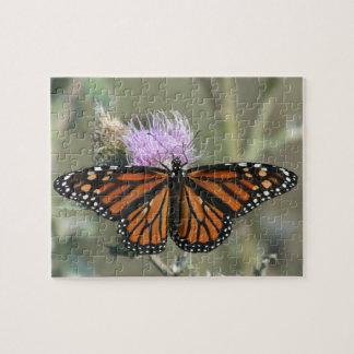 マダラチョウ、アザミの花のパズル ジグソーパズル
