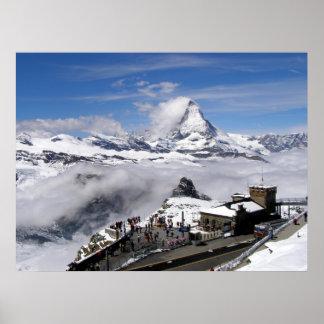 マッターホルン山およびGornergratの場所 ポスター