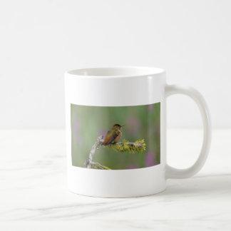 マツのハチドリ コーヒーマグカップ