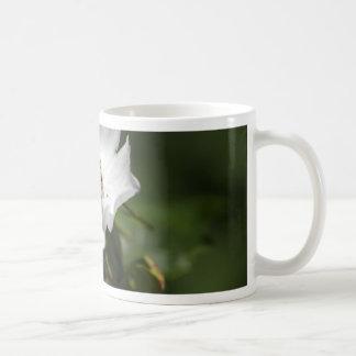 マツの花は上がりました コーヒーマグカップ