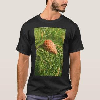 マツ円錐形のTシャツ Tシャツ