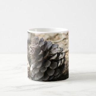 マツ円錐形 コーヒーマグカップ