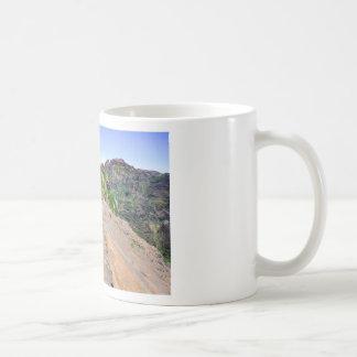 マデイラポルトガルの山のハイキングコース コーヒーマグカップ