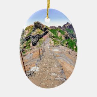 マデイラポルトガルの山のハイキングコース セラミックオーナメント