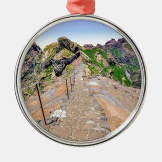 マデイラポルトガルの山のハイキングコース メタルオーナメント