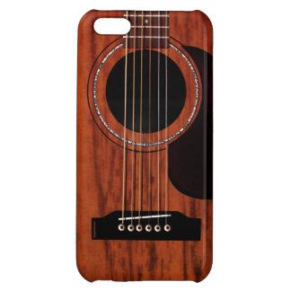 マホガニーの上のアコースティックギター iPhone5Cカバー