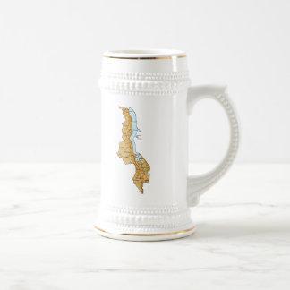 マラウィの旗および地図のマグ ビールジョッキ