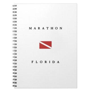 マラソンのフロリダのスキューバ飛び込みの旗 ノートブック