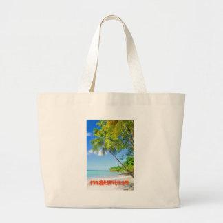 マリシャスの熱帯島 ラージトートバッグ