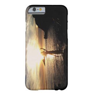 マリブのビーチの日没 BARELY THERE iPhone 6 ケース