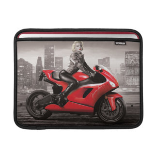 マリリンのオートバイ MacBook スリーブ
