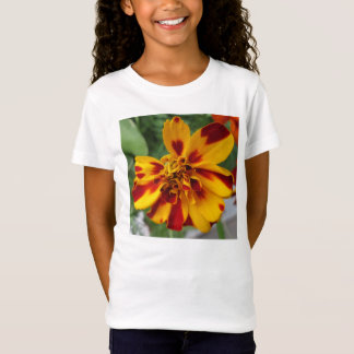 マリーゴールドの二色の黄色い赤 Tシャツ