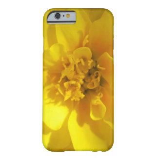 マリーゴールドの金黄色 BARELY THERE iPhone 6 ケース