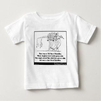 マルセーユの老人がありました ベビーTシャツ