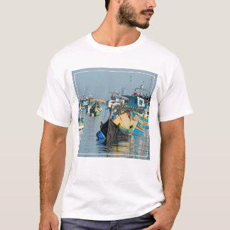 マルタの漁船マルタの| Marsaxlokk Tシャツ