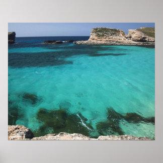マルタのCominoの島、青い礁湖 ポスター