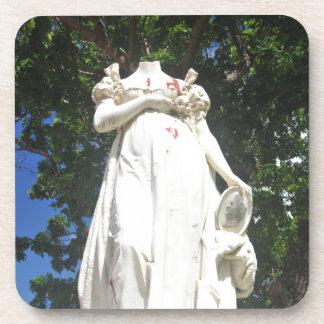マルティニクの首をはねられた彫像 コースター