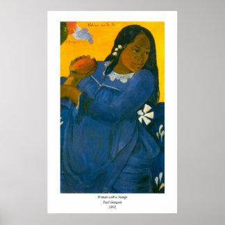 マンゴ(1892年)を持つポール・ゴーギャンの女性 ポスター