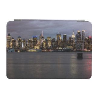 マンハッタンの早い夕べの全景 iPad MINIカバー
