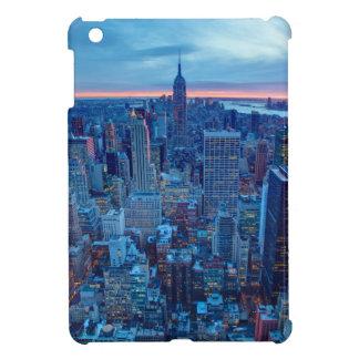 マンハッタンの超高層ビルはついています iPad MINIケース