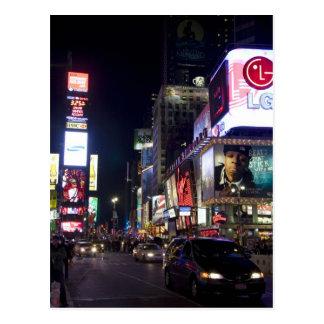 マンハッタン、ニューヨークの夜のタイムズ・スクエア ポストカード