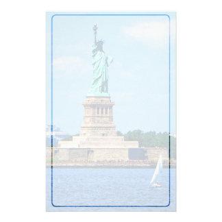 マンハッタン-自由の女神によるヨット 便箋