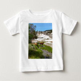 マンモス温泉のオオシカ ベビーTシャツ