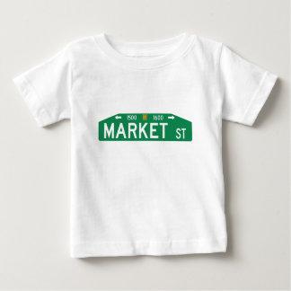 マーケットストリート33番地、フィラデルヒィアのPAの道路標識 ベビーTシャツ