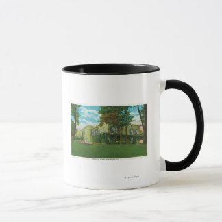 マーシャル家の外観 マグカップ