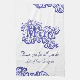 ミイラ私達は青及び白い台所タオルを愛します キッチンタオル