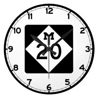 ミシガン州M-20 壁時計