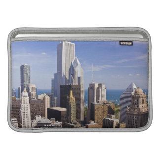 ミシガン湖の方に見るシカゴのスカイライン MacBook スリーブ