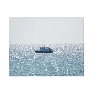 ミシガン湖の漁船 キャンバスプリント