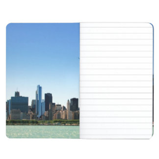 ミシガン湖著シカゴのスカイラインの眺め ポケットジャーナル