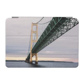 ミシガン湖2からのマキナック橋の眺め iPad MINIカバー