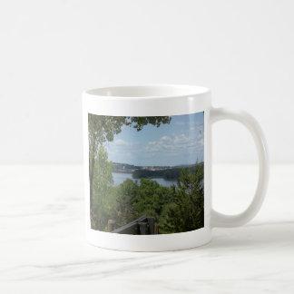 ミシシッピー川からのDubuqueアイオワ コーヒーマグカップ
