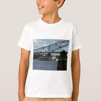 ミシシッピー川のDubuqueの精神 Tシャツ
