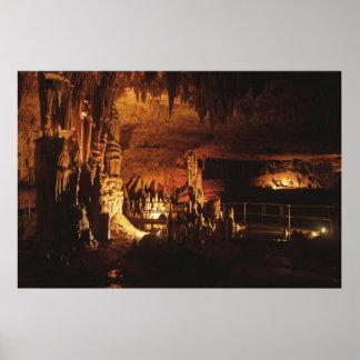 ミステリーの洞窟 ポスター